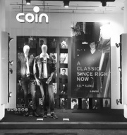 Coin Levi's