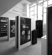 Sistema espositivo Shiseido